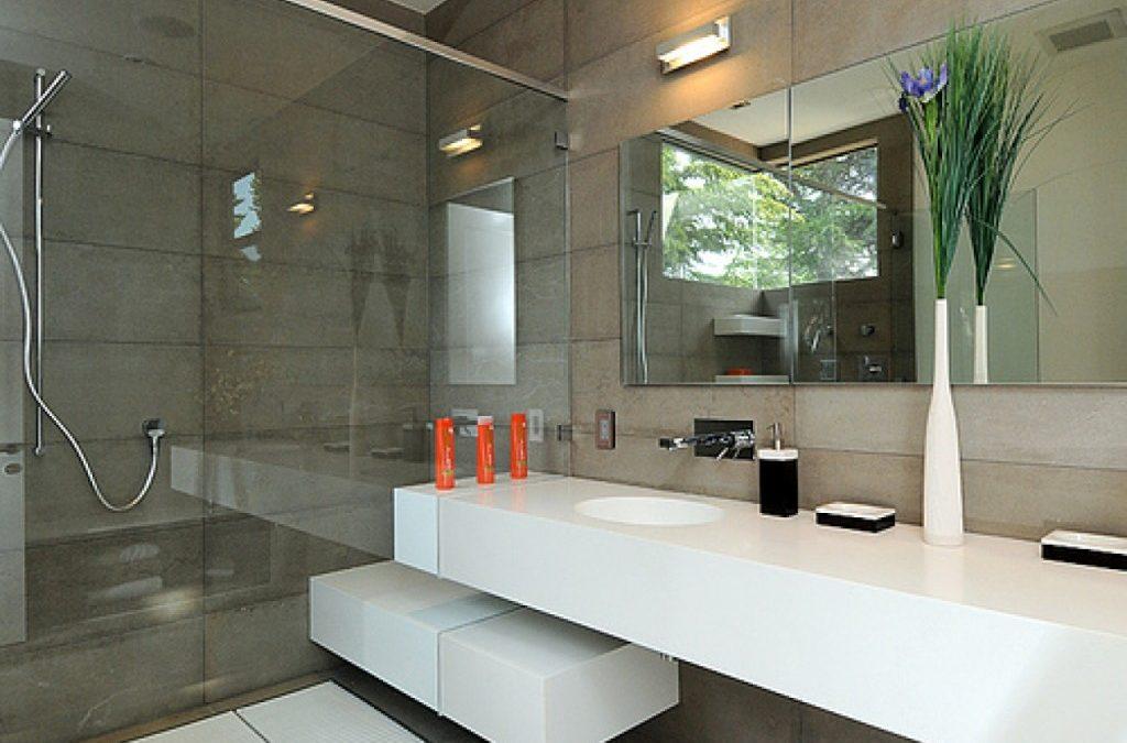 Restroom Redecorating Ideas in Budget